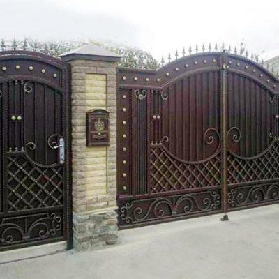 Кованый забор Прага
